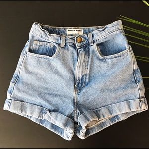 ✨ AMERICAN APPAREL LIGHT WASH DENIM CUFF SHORTS